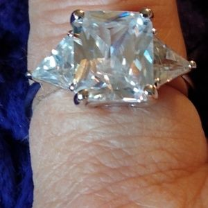 Sterling silver Austrian Crystals Ring